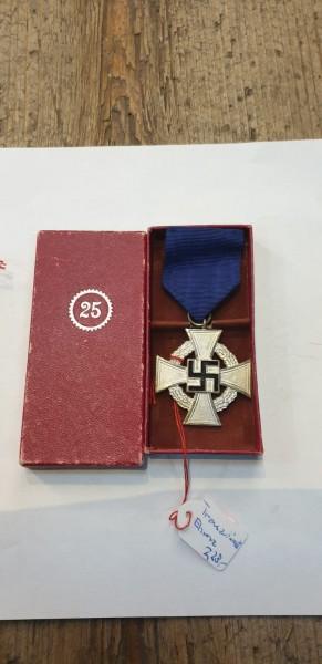 Ehrenkreuz Treuedienst 25 Jahre in Schachtel
