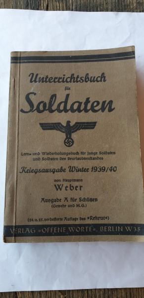 Unterrichtsbuch für Soldaten