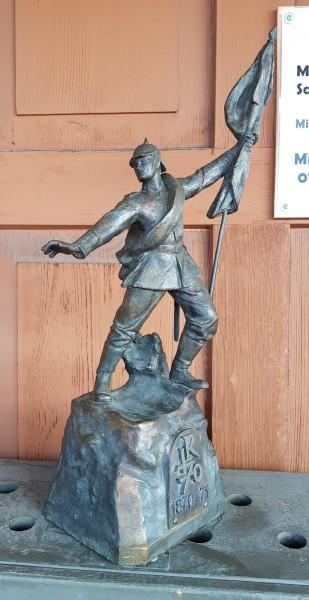 Bronze Figur - Deutscher Soldat mit Pickelhaube - Krieg 1870 - 71