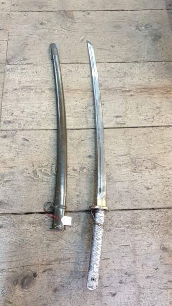 Orginal Japanisches Offiziers Schwert gestempelt / nummeriert