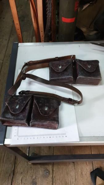 Patronentaschen mit Tragriemen CH-Armee