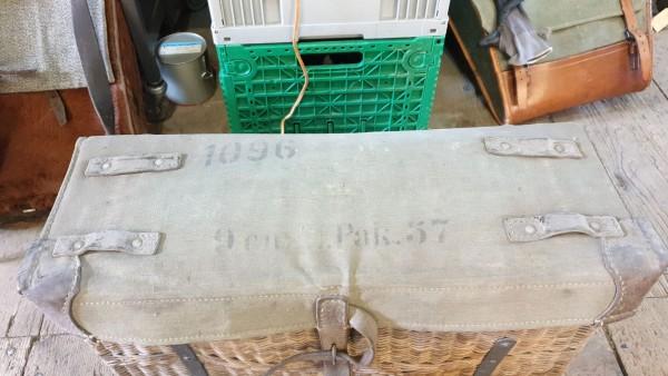 Pack 57 9cm Reinigungs und Reparaturkiste