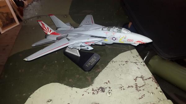 F14 Tomcat Modell 1:48