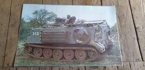 Panzerposter M113 mit Minenwerfer