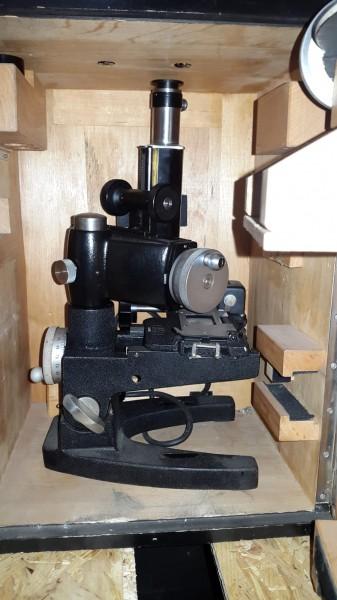 Mikroskop CH Armee