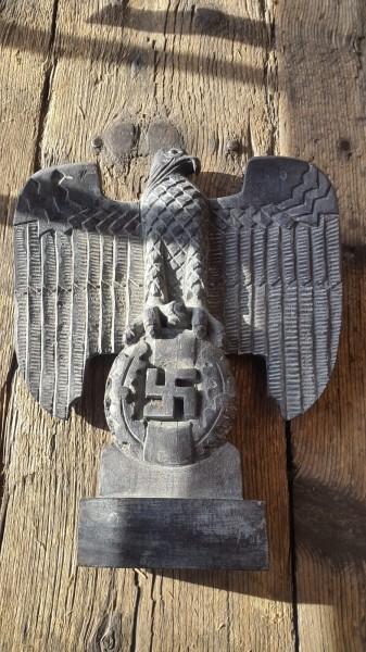 Reichsadler Nürnberg Holz geschnitzt