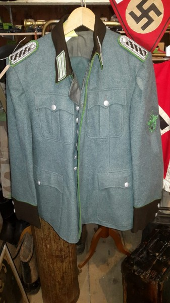 Polizei Uniform mit Hosen 2.WK