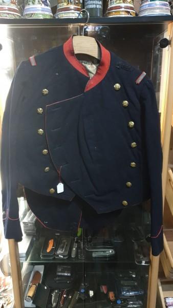 Offiziers Jacke CH-Armee mit Mottolöcher