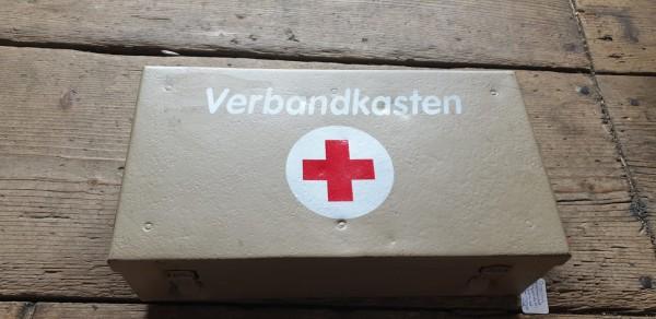 Orginal Afrikacorps Wehrmachts Verbandkasten mit Inhalt Kiste neu bemalt
