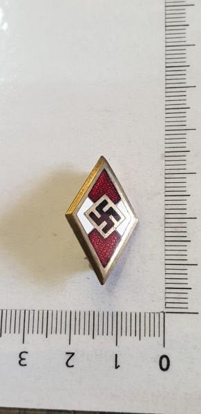 Hitlerjungend Abzeichen in Gold HJ nummeriert