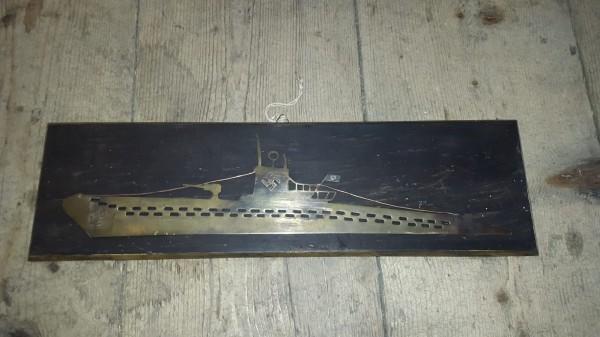 U-Boot Relief / Bild