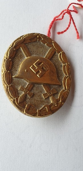 Verwundeten Auszeichnung in Gold Hersteller gestempelt