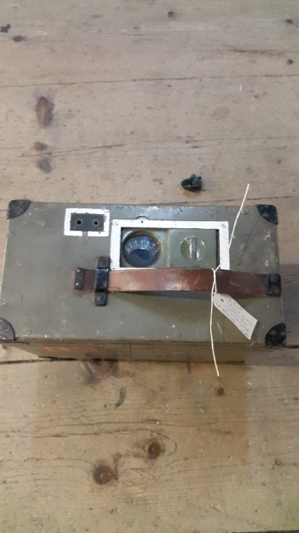 Handgenerator CH-Armee zu Morsegerät